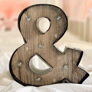 & AND Symbol wooden Light up sign